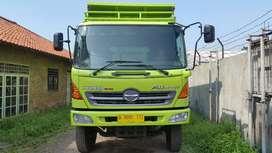 Hino fm260ti tahun 2014 dump truck tronton