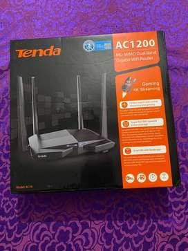 Tenda AC1200 Dual band wifi router