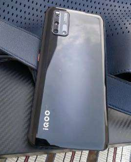 Excellent condition of Vivo IQOO 3 model is available with us 4 months