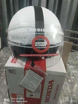 New brand Studd Female helmet pearl white size 580mm(L)