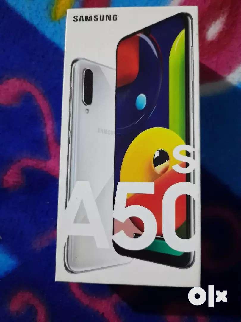 Samsung Galaxy A50s 0