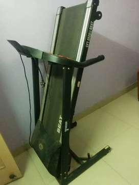 Torque Motorized Treadmill CFT-2020i BEAT