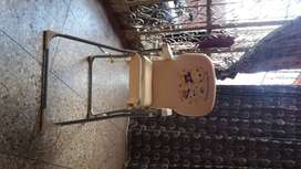 Iam selling my high baby chair