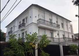 Dijual Rumah Mewah di Pulomas Jakarta Timur