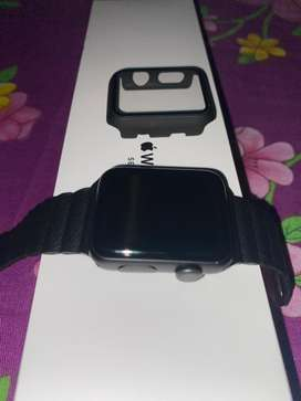 Apple watch series 3 10 days use in Urgent sale