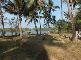 4 BHK Waterfront House for sale at Mavoor, Calicut.