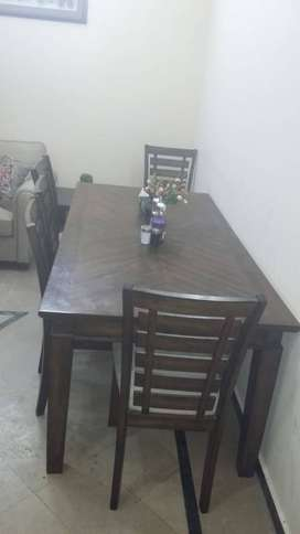 Dining table n chair