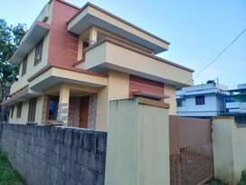 3 bhk 1300 sqft 3.3 cent new build at paravur town near poossaripady