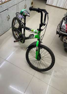 1 yr used good condition parts intact