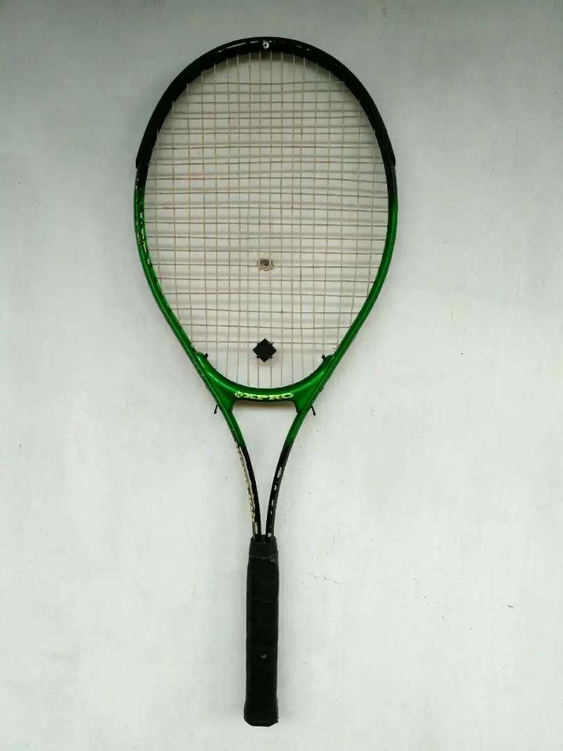 Raket Tennis Xpro 100