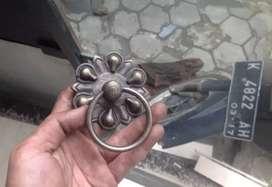 Tarikan pintu kuningan antik GBY 048