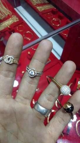 Terima beli emas ,perhiasan ,berlian ,anting sebelah
