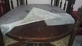 Six seater dining table like new v.good condition
