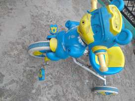 Toy cycle 2-4 year old baby, good condition