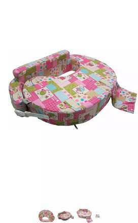 Feeding pillow ideal from age 0 to 6 months