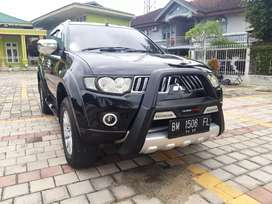 Pajero Exceed AT solar 2009