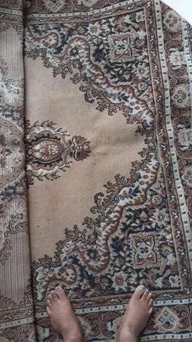 Selling carpet