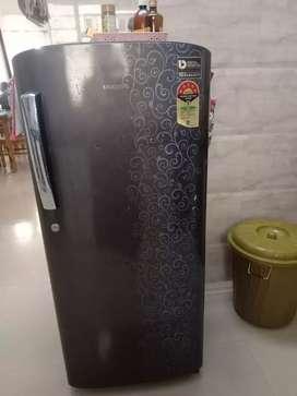 Sumsung singal door fridges in good condition
