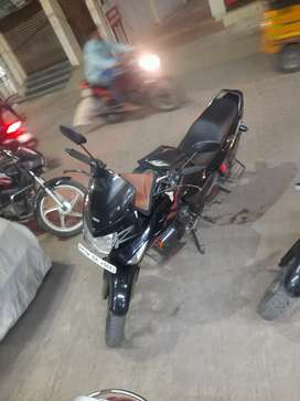Very very urgent selling excellent karizma r