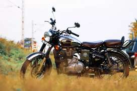 Bullet 500 classic less km perfect condition chrome finish