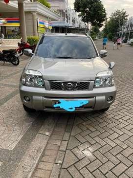Nissan x-Trail tahun 2006 mulus
