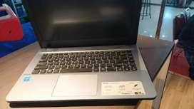 Service laptop PC ,