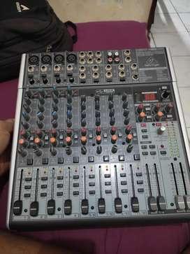Jual mixer behringer X1622 USB