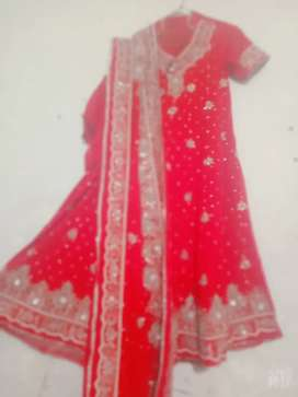 Bridal frok red condition