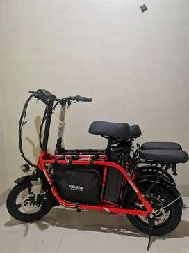 Sepeda Listrik Golden RED dan Grosir Scooter Listrik