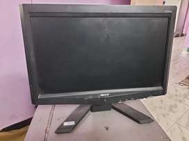 16 inch Acer monitor
