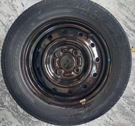 Tubless tyre and Rim