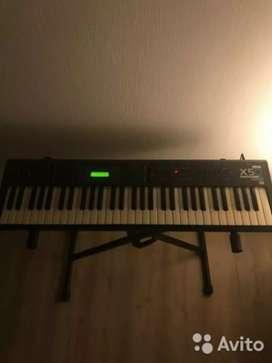 I want sell korg x5d keyboard
