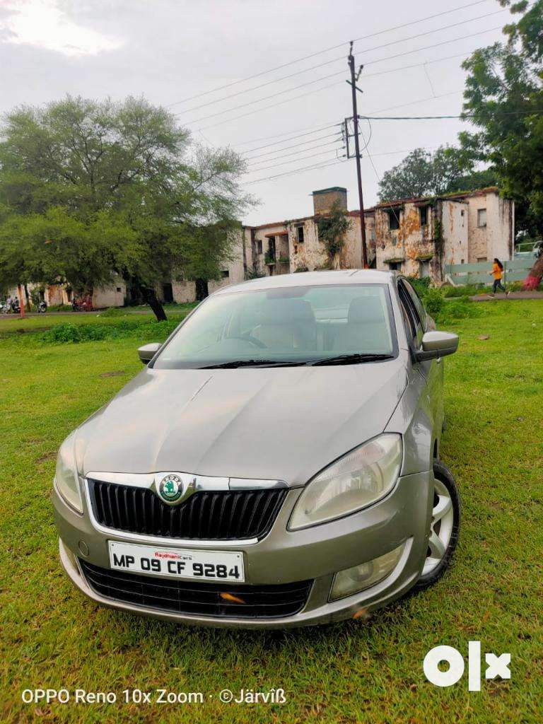 Skoda Rapid 1.6 MPI Ambition with Alloy Wheels, 2012, Diesel 0
