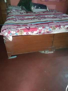 Steel deewan bed