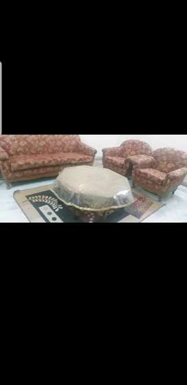 5 seaters Sofa for sale