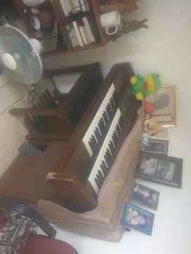Dijual organ piano merk Yamaha