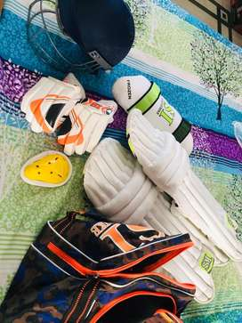 SI brand new cricket kit