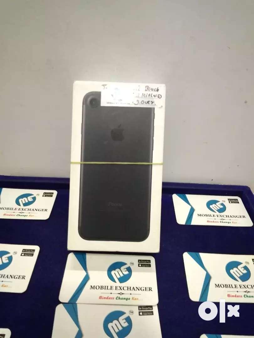 IPhone 7 32gb black color 0