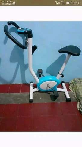 Alat fitness sepeda Statis BELT Fitnes