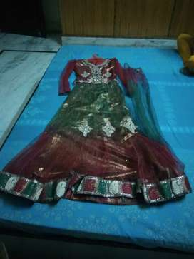 Beautiful lehanga choli with dupatta for girls
