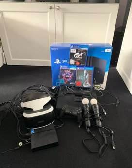 Ps4 Pro 1tb + VR Glasses + games and camera and controller