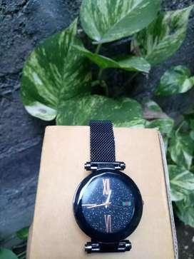 Jam tangan cristal cantik
