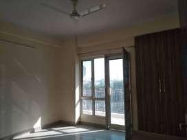 2 BHK Unfurnished flat on rent in nirala Aspire noida extension