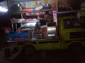 Moodie foodie fast food van  moodief