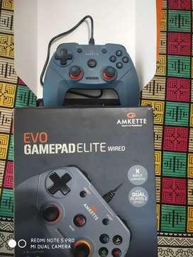 Evo Gamepad Elite (wired). Gaming console, Joystick