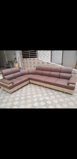 L Shape Sofa with Round Backrest Pattern or Brown &Crim Leather Finish