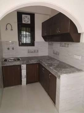 1bhk flat for rent close to saket metro station