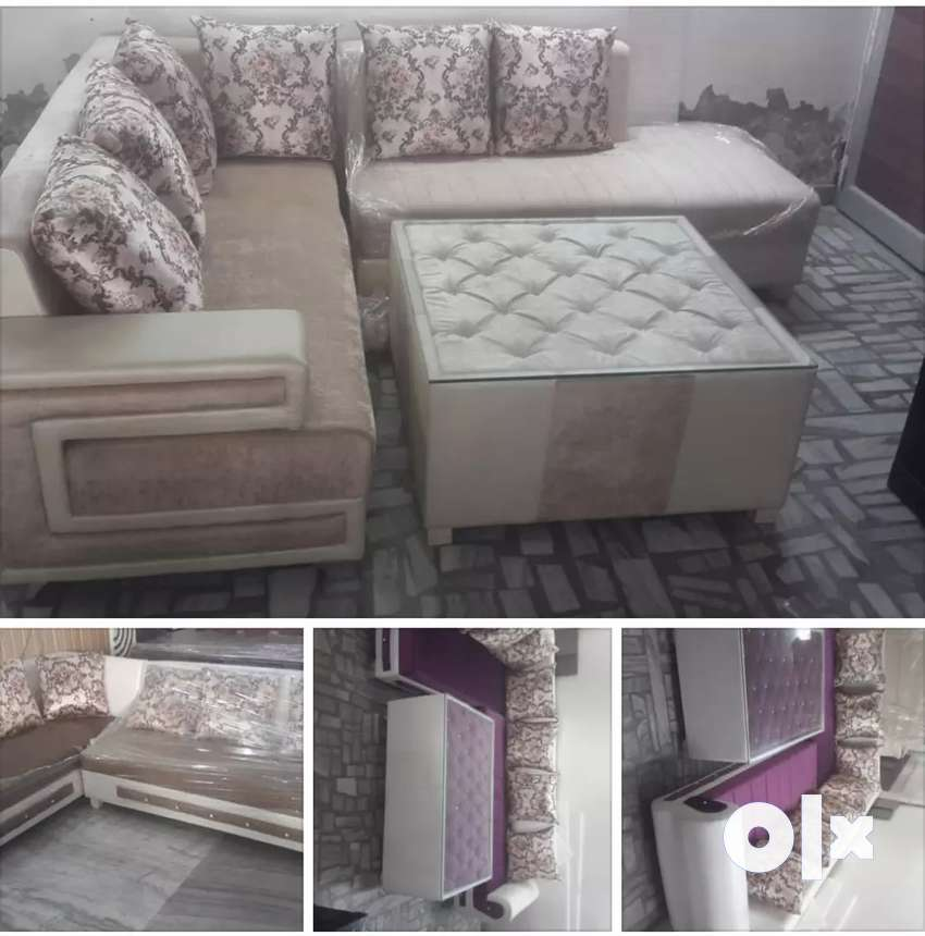 Corner sofa with Centre table at wholesale price 0