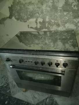 Oven with cooking