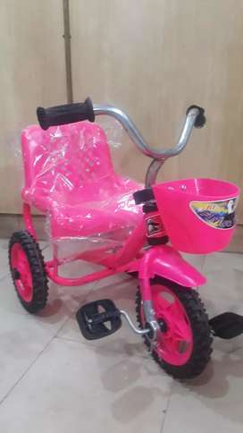 Tricycle new with free delivery